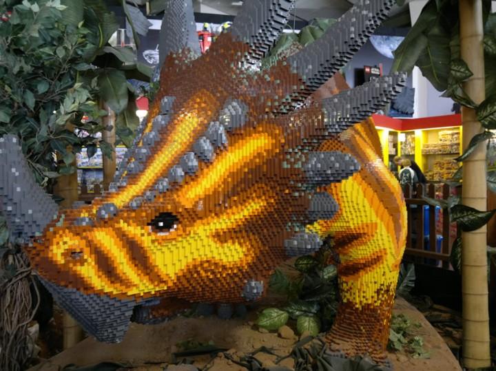 Big LEGO Dino!