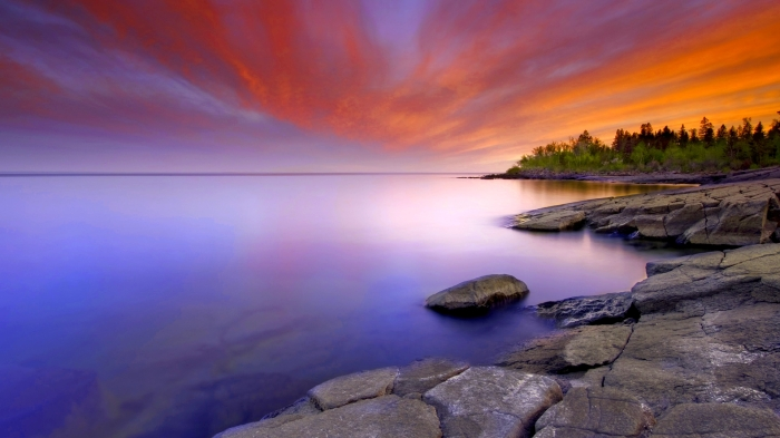 Sunset along the north shore of Lake Superior at Stoney Point.